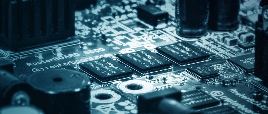 ilektroniki-plaketa